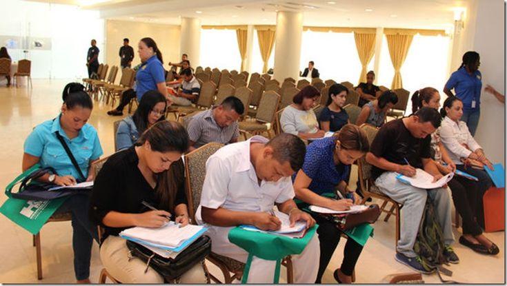 Oportunidades laborales en Panamá: estudios vs experiencia http://www.inmigrantesenpanama.com/2015/11/16/oportunidades-laborales-en-panama-estudios-vs-experiencia/