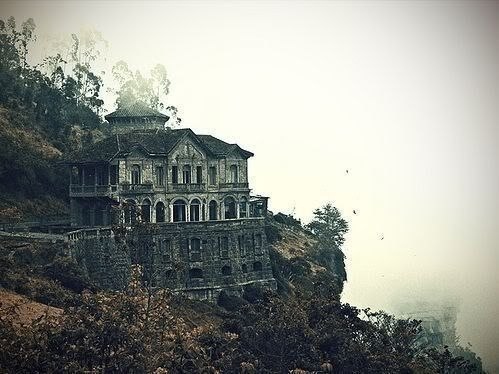 House out on a cliff. Would love to visit.