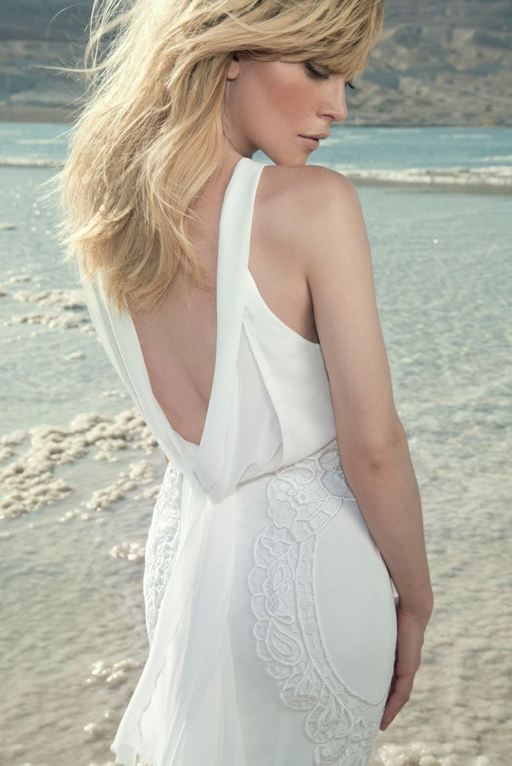 70 best images about gowns dramatic backs on pinterest for Wedding dresses with dramatic backs