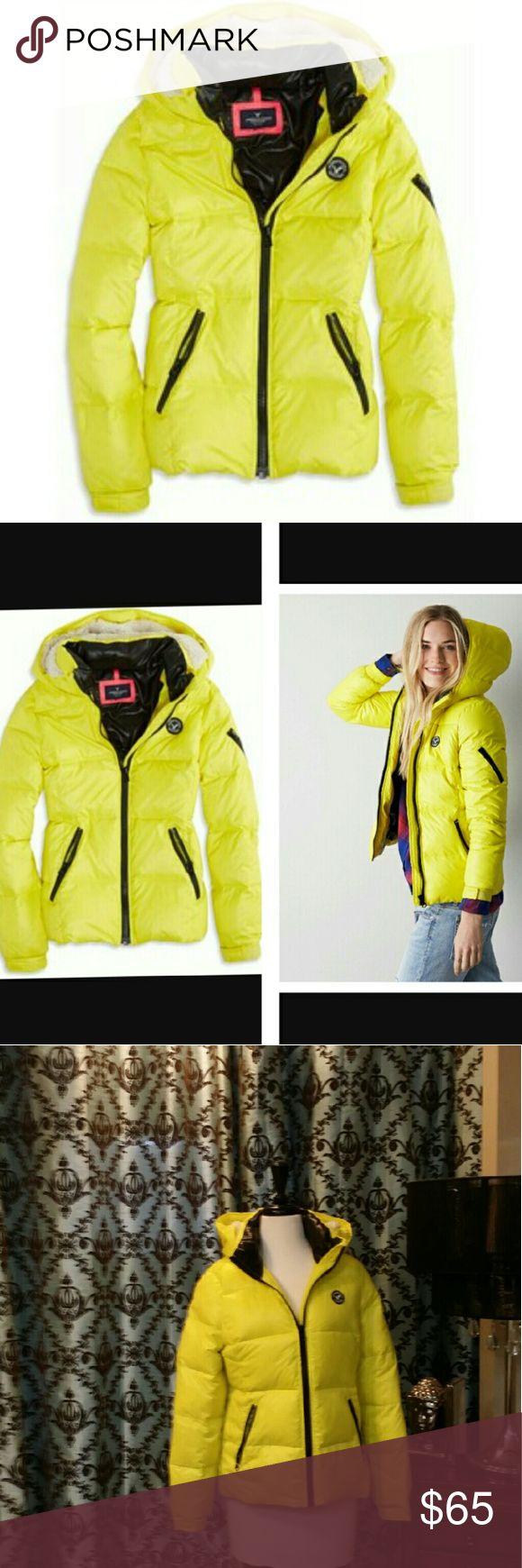 🎈SALE🎈American Eagle Yellow Down Jacket American Eagle Yellow Down Jacket with Hood Jackets & Coats