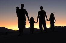 Familia disfuncional - Wikipedia, la enciclopedia libre