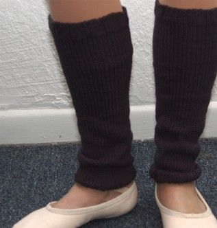 Leg Warmers Knitting Pattern In The Round : 16 best images about Knit for FEET / LEGS on Pinterest