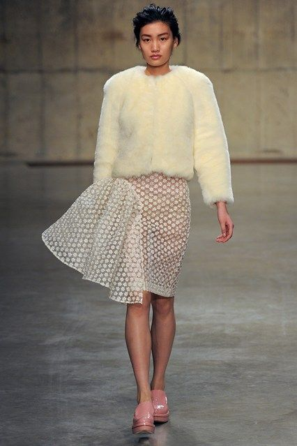 Simone Rocha - www.vogue.co.uk/fashion/autumn-winter-2013/ready-to-wear/simone-rocha/full-length-photos/gallery/934651