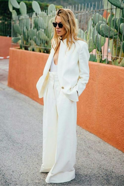 I think this look is so fun but I am not sure if I'm tall enough to pull it off --Photo (Fashion Gone rouge)