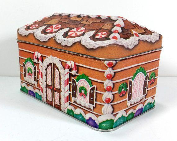 Vintage Christmas Cake Tin