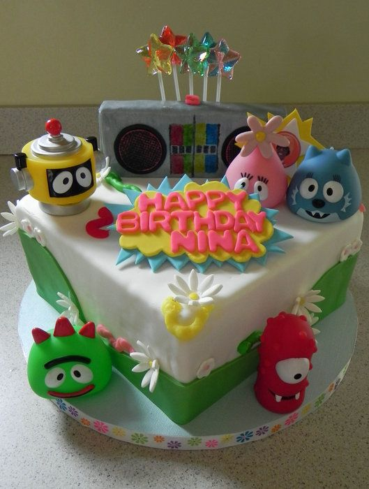 17+ best images about Yo Gabba Gabba Cakes on Pinterest ...