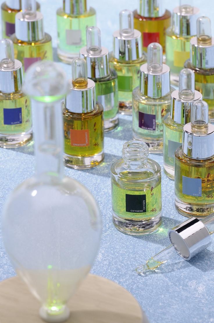 Les 14 fragrances Altearah Bio sont à utiliser dans les diffuseurs d'huiles essentielles pour assainir l'air et lui donner une note colorée.