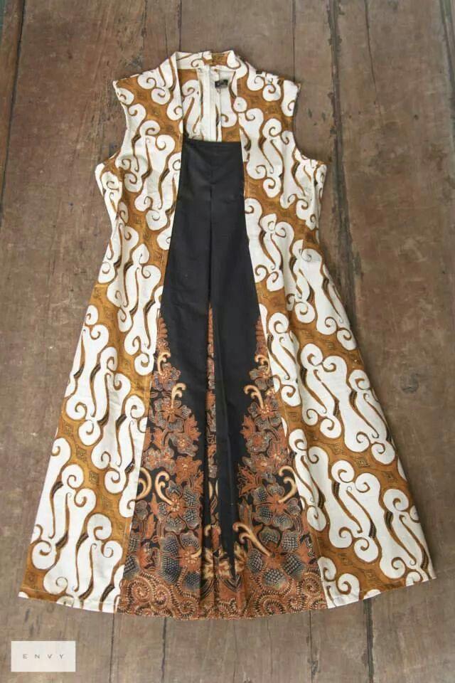 Midi dress batik - model baju kondangan pas hamil (kenapa gak kepikiran ya pas hamil Calief bikin baju kyk gini)