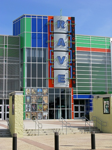 Rave Movie Theater in Saucon Valley Mall in the Lehigh Valley. Great movie theater.