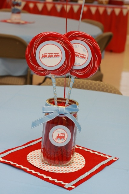 Train party centerpieceMason Jars, Party Centerpieces, Center Piece, Parties Centerpieces