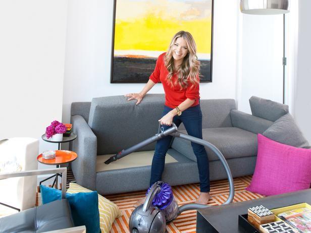 تفسير حلم الكنس في المنام للعزباء والمتزوجة والحامل Home Appliances Living Room Room