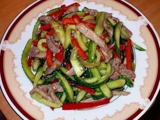 Салат из огурцов и мяса | Кулинарные Рецепты