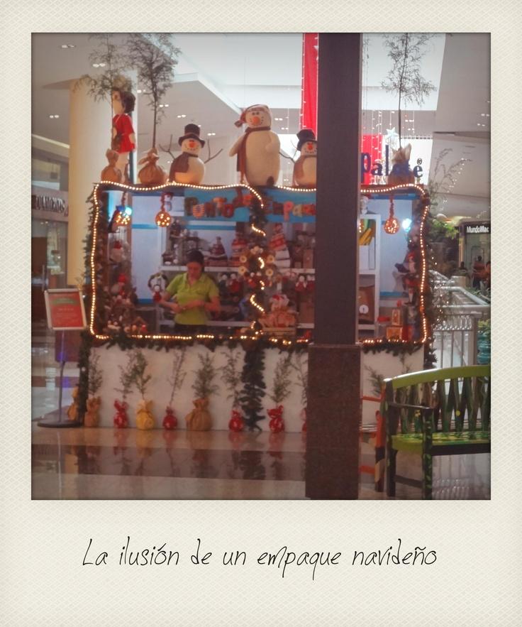 Punto de Empaque 2012 en el Mall el Jardín. Quito-Ecuador