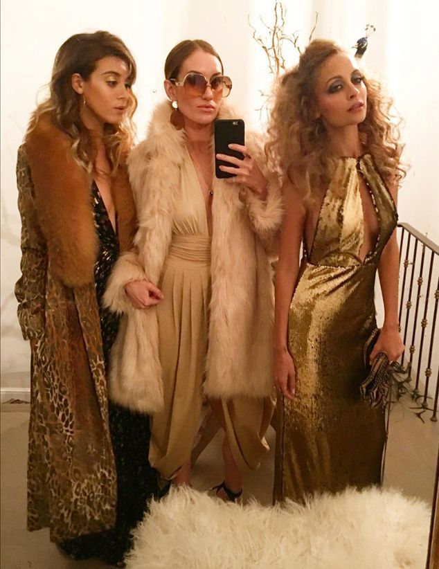 Nicole Richie Celebrates Her 35 Birthday With Disco-Themed Bash Attended by Jessica Alba, Cameron Diaz, Kate Hudson and More | E! Online Mobile                                                                                                                                                                                 More