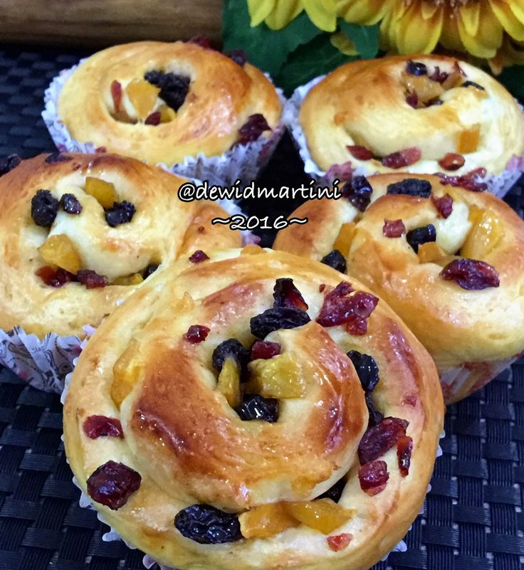 Cranberry-Raisin Bread