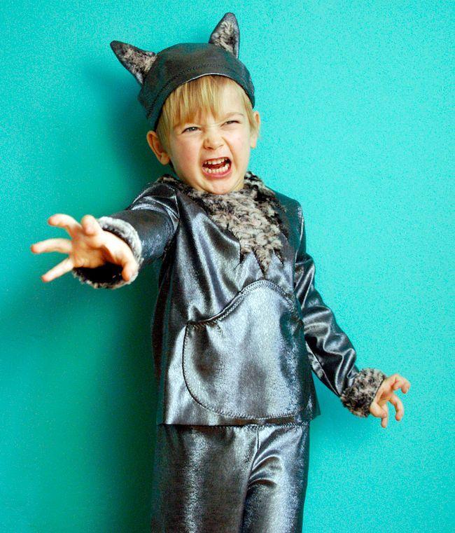 Anleitung und Schnittmuster für ein Wolfskostüm zum Download via Makerist.de