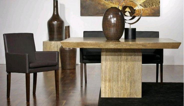 Solidny marmurowy stół firmy Meble Modern zachwyca swym minimalistycznym designem.