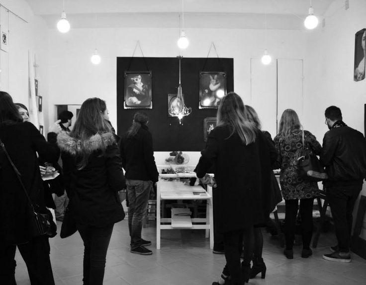 1/11/2014 - inaugurazione spazio galleria Parione9 Vassoi ibride