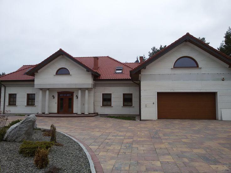 Poland (Travertino Navona)