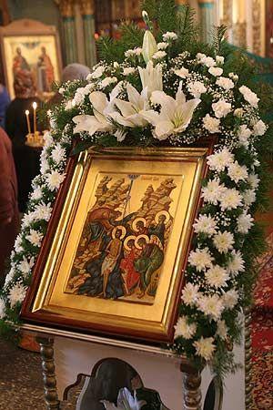 украшение церкви цветами: 19 тыс изображений найдено в Яндекс.Картинках