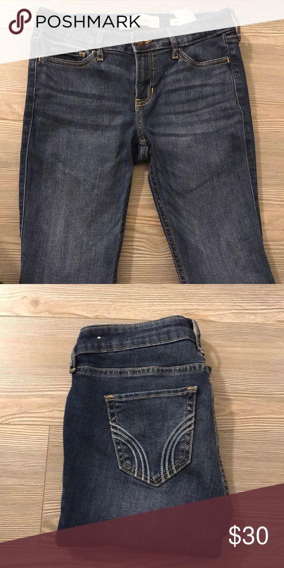 Medium Wash - Regular Skinny Jeans Medium wash regular skinny Jean  Size : 1R Hollister Pants Trousers