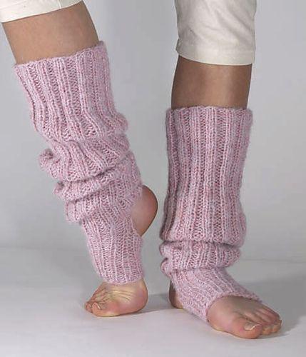 Ravelry: Long yoga/dancing sock pattern by Linda Horvei