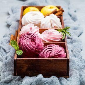 Russian marshmallow, recipe in Russian. Ягодный зефир, рецепт а блоге Dariasaveleva.com.