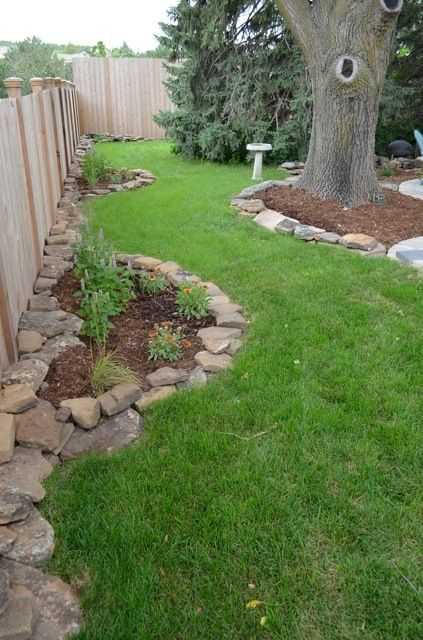 Colorado Moss Rock For Edging And Bed Definition In The