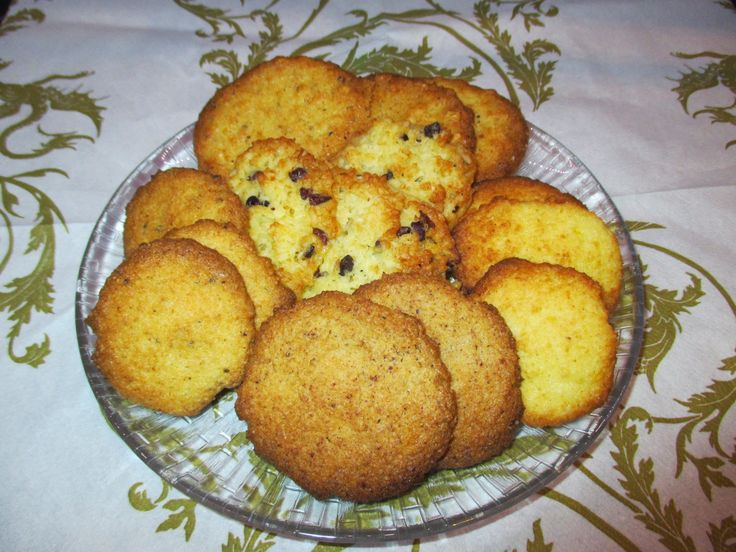Tinskun keittiössä: Vhh pikkuleipäohje ja sen 1000 ja 1 muunnosta