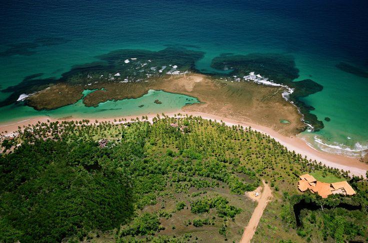 Praia de Taipú de Fora no distrito Barra Grande, Maraú, Bahia,Brasil
