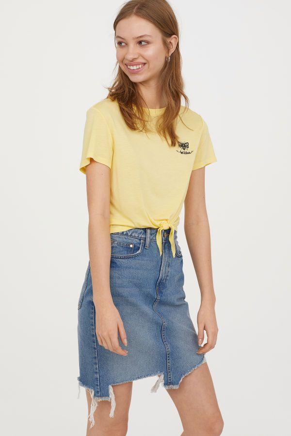 cf2f20a21 Tie-hem T-shirt | Yellow/Let It Bee | Women | H&M US | spring break ...