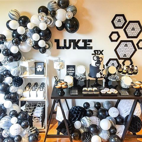 Luke's Star Wars Birthday.... Star Wars #monochrome with a little #geometric twist! Happy 6th Birthday to my little man Concept, styling & balloons @candybuffetsbydesign Birthday Cake & cupcakes @blackbirdcakes Table sign & chocolate bar wrappers @edgehousedesign Cookies @candybuffetsbydesign #birthday #kidsparty