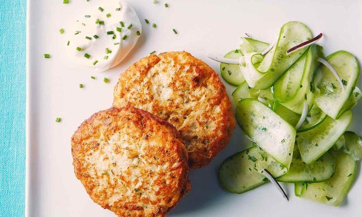Voici une recette de galette express, excellente pour le déjeuner ou le souper, qui combine le poulet haché maigre et la purée. | Le Poulet du Québec