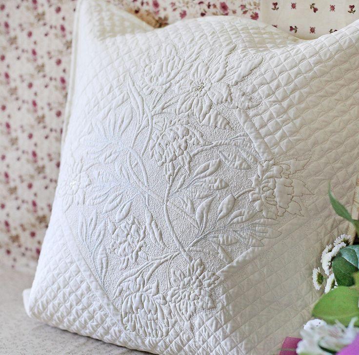 Подушка. Трапунто. / Trapunto pillow
