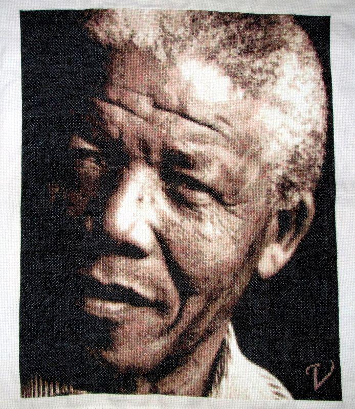 21- Aquì esta terminado.... Un pequeño detalle x un grande #Hombre… #Madiba… ♥