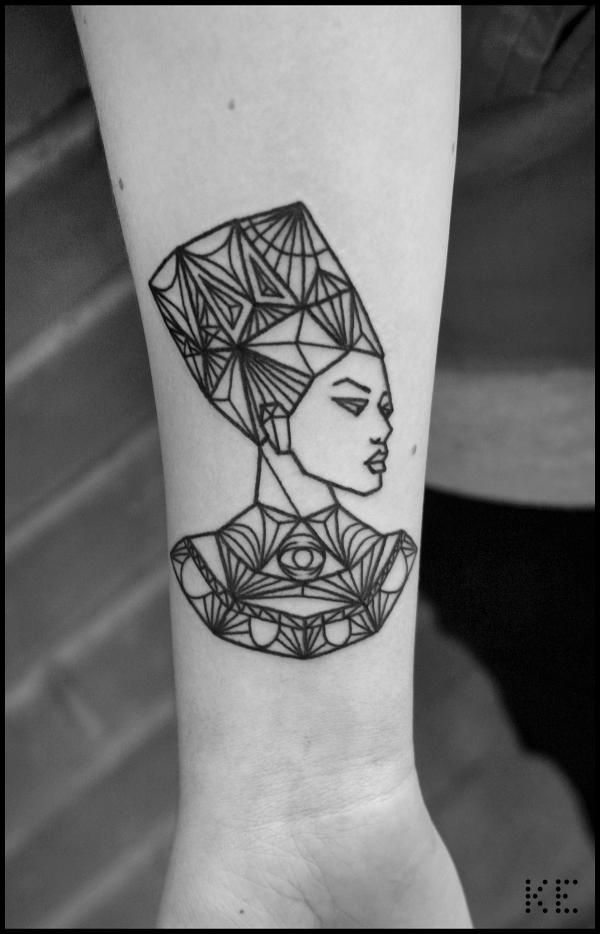 1000 ideas about nefertiti tattoo on pinterest egyptian tattoo tattoos and africa tattoos. Black Bedroom Furniture Sets. Home Design Ideas