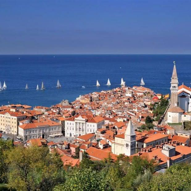 Visit the beautiful city of Trieste and the famous castle of Miramare, the former residence of the Habsburgs. The tour ends with a visit to the medieval town of Piran and anearby modern capital city of Slovenian tourism – Portorož.