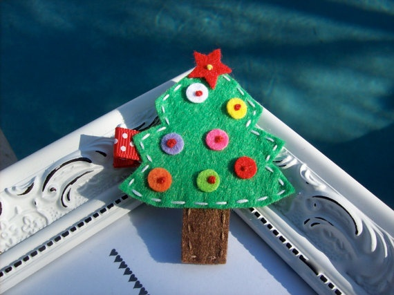 Felt Christmas tree hair clip