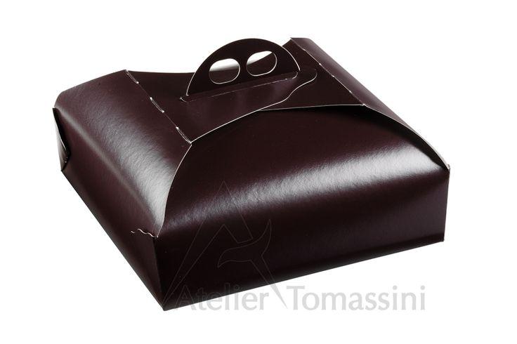Marrone #packaging #ateliertomassini #portatorte #pasticceria #scatola #pastry #bakery #design #politenata #politenate #imballaggio #bakery #PE-protect