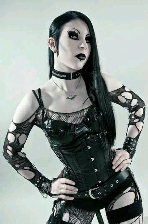 Rockin' #Goth girl
