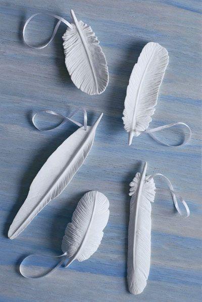 Weißes Porzellan moderne Feder Christbaumschmuck Set von 5