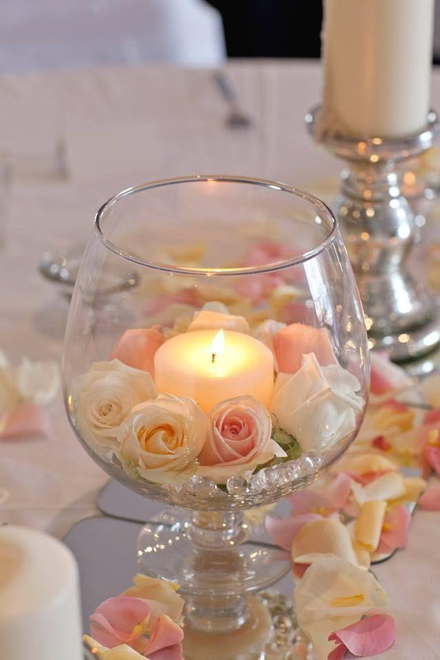Élégance douce Inspiration – Bougies et pétales de rose … Centres de table de mariage   – Dekoration
