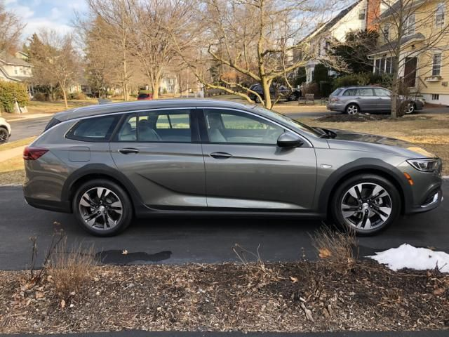 I Drove A 40 000 Buick Regal Station Wagon For A Week To See How It Compared To A Family Suv Here S The Verdict Gm Buick Regal Station Wagon Buick