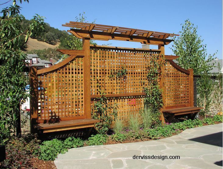 Outdoor trellis privacy screen trellis screens for Landscaping ideas for privacy screening