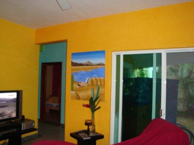 Casa Patricia for sale $229,000 USD interior has all da vinci plastered colorful walls so cute a must see for the new comer buyer to Cozumel Mexico  17th st 70 y 75