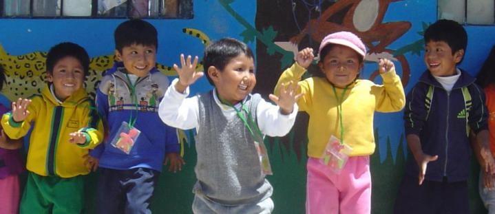 Teach sports in Peru