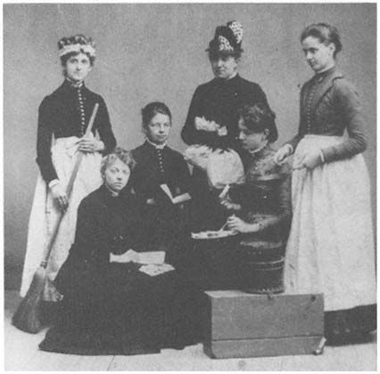 1860 - 1880 american note from pinner: Looks more likely end of 60s, early 70s. Photos of female servants? At a guess, lady's maid on right.