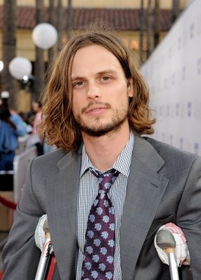 I love when he lets his facial hair grow out.: Brown Hairstyles, Beautiful Men, Gifts Cards, Facials Hair, Long Hair, Google Search, Criminal Mind, Matthew Gray Gubler, Men Hairstyles