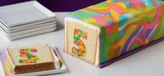 Es sieht total kompliziert aus, aber dieser umwerfend knallige Kuchen ist ganz einfach. #Rezept (Diy Gifts Food)