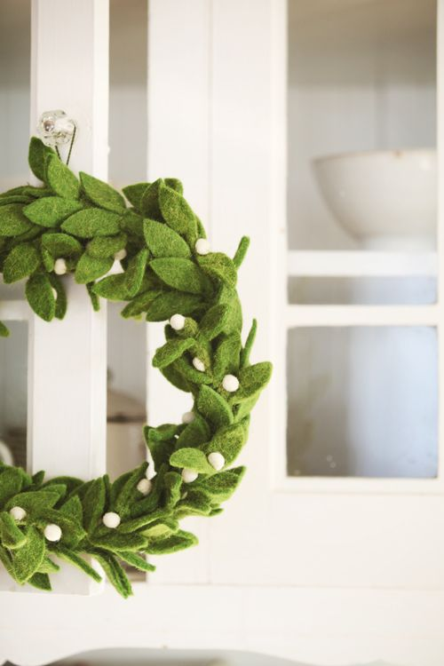Felt mistletoe garlands- have to experiment with DIYing this